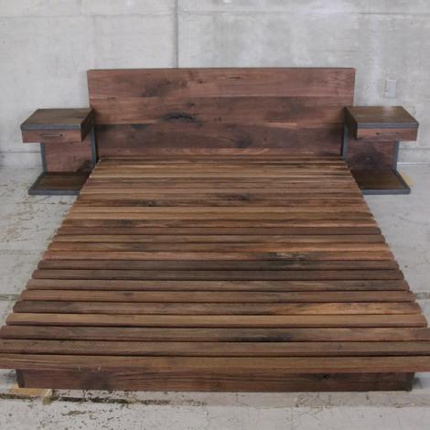 214_ベッド&サイドテーブル