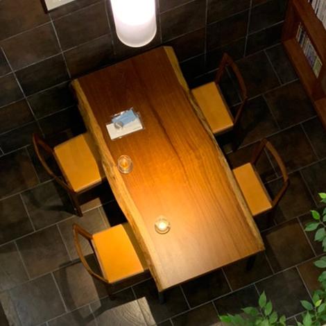 224_一枚板テーブル/アサメラ