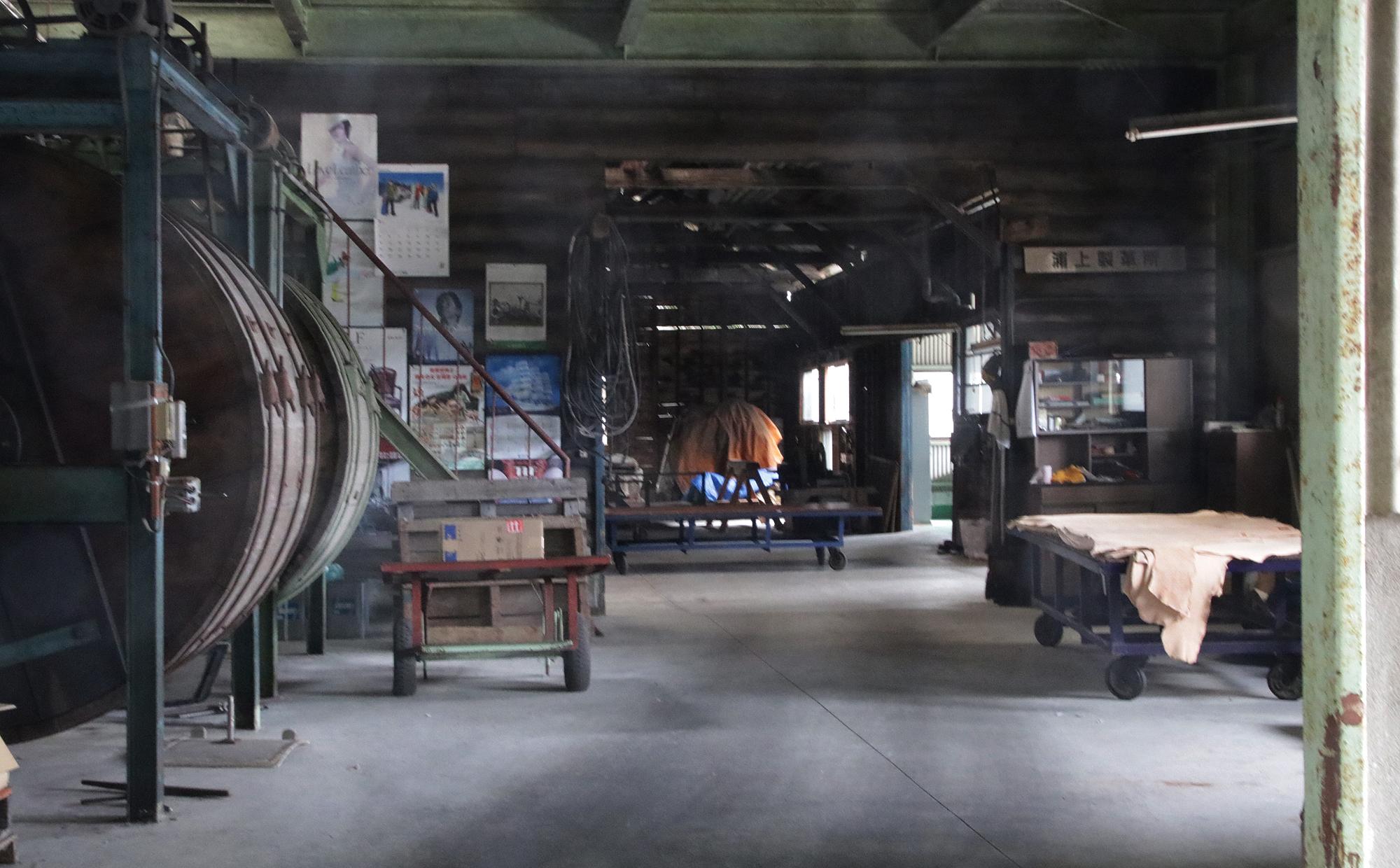 皮から革へ! タンナー工場見学